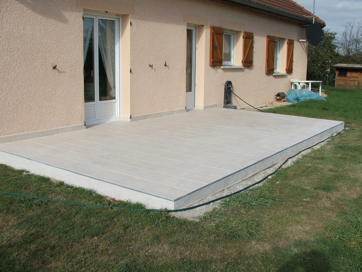 Carrelage de terrasse saint denis decoration for Peinture sur carrelage exterieur