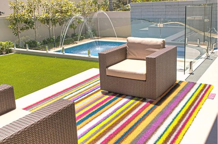 tapis exterieur terrasse. Black Bedroom Furniture Sets. Home Design Ideas