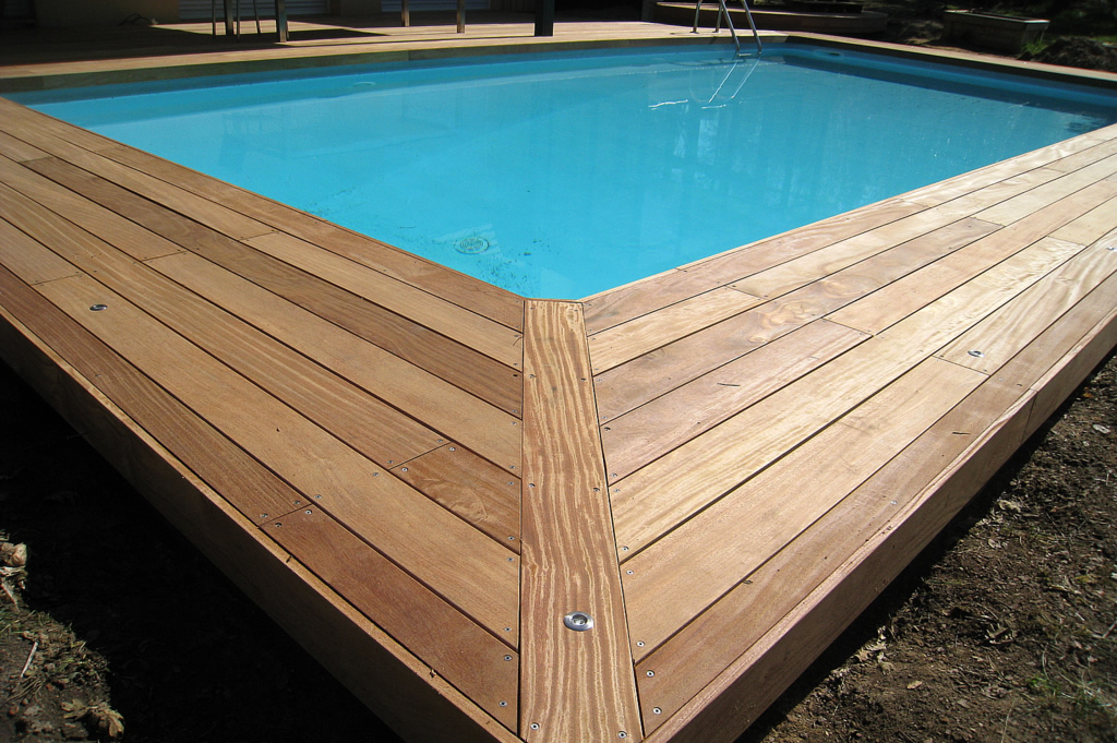 photo terrasse bois piscine – source  mleboiscom ~ Piscine Terrasse Bois
