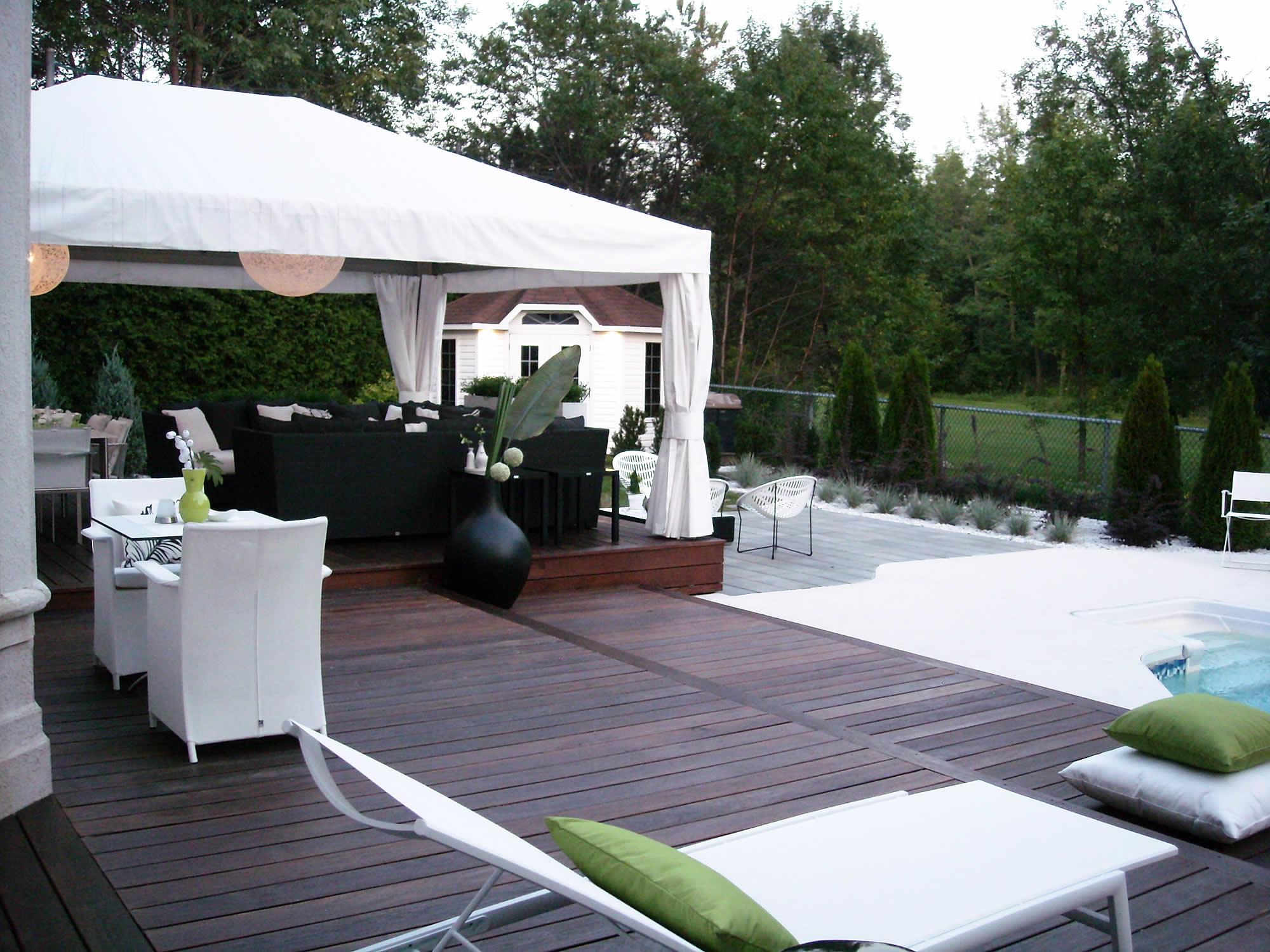 terrasse moderne ma terrasse. Black Bedroom Furniture Sets. Home Design Ideas